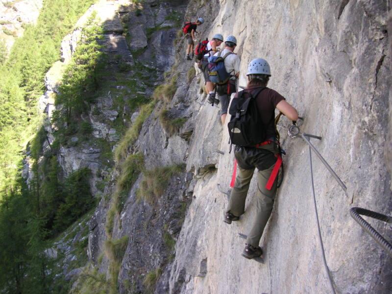 Klettersteig Leukerbad : Klettersteig leukerbad daubenhorn bergsteigen