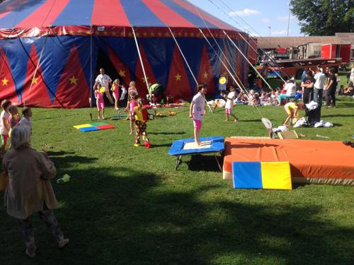 Activities for children by the Helvetia Circus